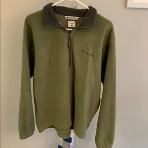 Green Columbia pullover